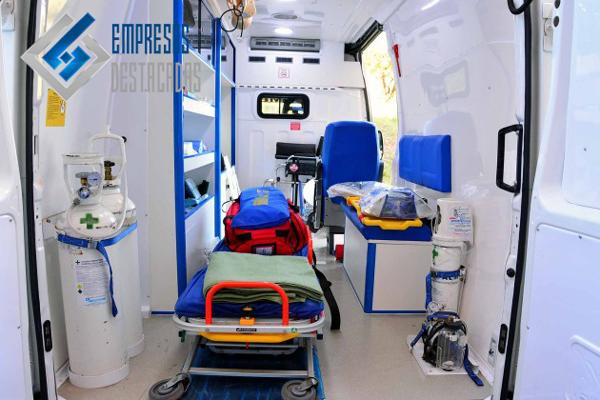 ambulancia equipada por eurofinsa